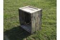 caisse en bois ancienne d'origine avant le traitement  par goudron de pin