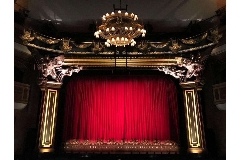 Corde pour le théâtre et fabrication de décors